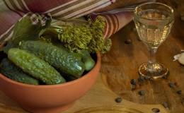 Metodo freddo di decapaggio dei cetrioli: ricette